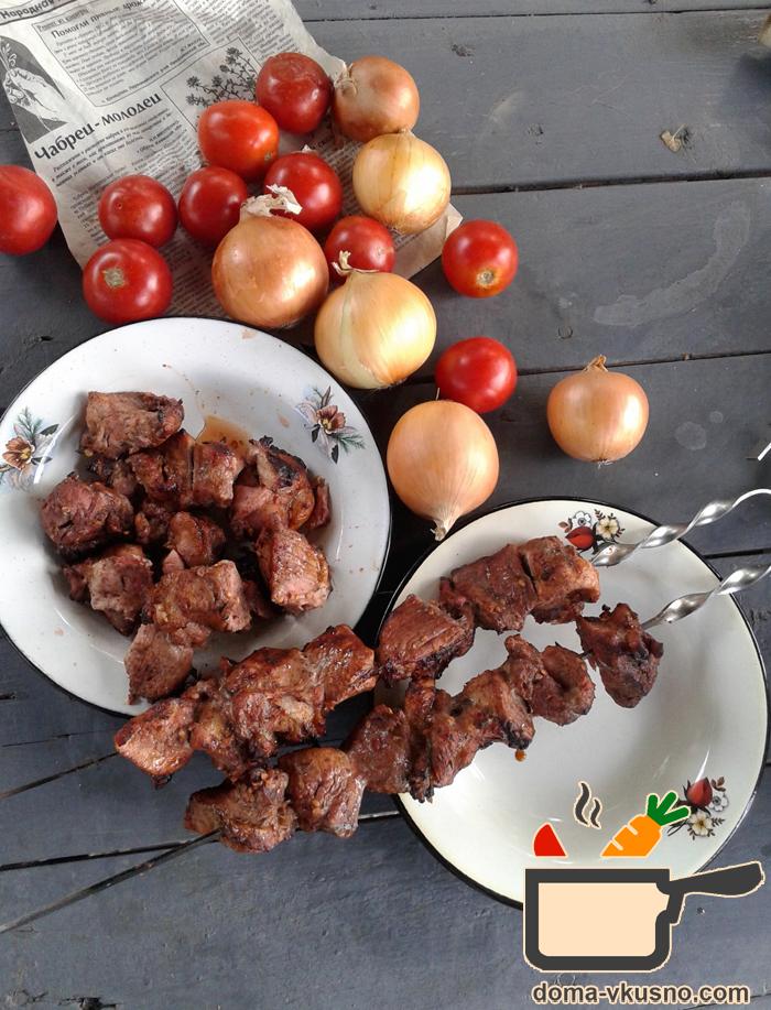 Шашлык из свининыы в сметане